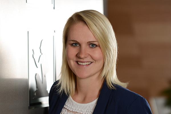 Martina Eßl Ramses Werbeagentur, Salzburg, Mitarbeiterin, Assistentin, Assistenz Online-Marketing und Administration